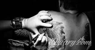 Blizny pokryte tatuażem - czy to ma sens?