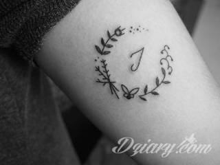 Tatuaż bez użycia maszynki - HANDPOKE