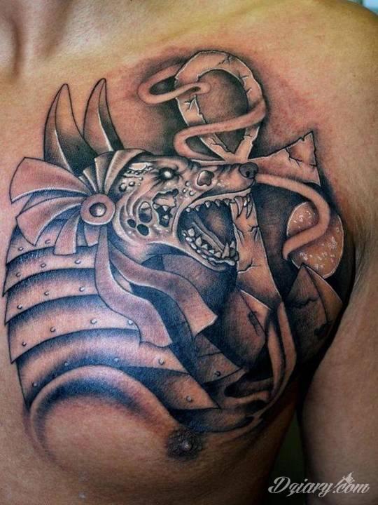Tatuaże inspirowane starożytnym Egiptem są bardzo popularne i chętnie wybierane...