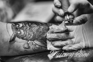 Twoje prawa w salonie tatuażu