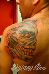 Pierwszy tatuaż ale za kilka...