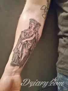 Witam. Swoją przygodę z tatuowaniem...