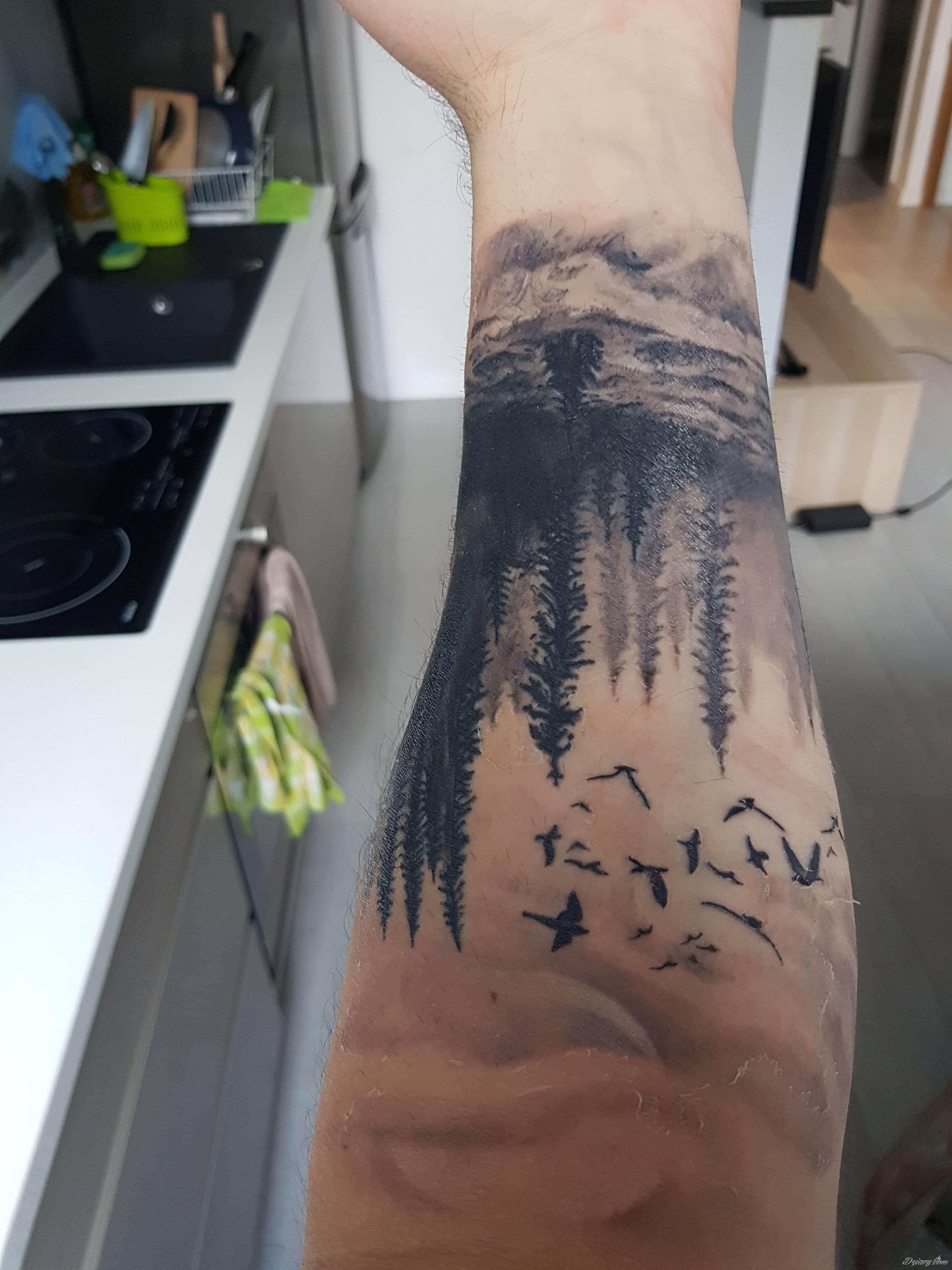Tydzień Temu Zrobiłem Tatuaż Na Przedramieniu Czy Tak Ma