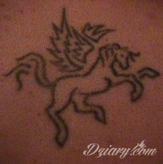 Tatuaże Kon Wzory I Galeria Tatuaży