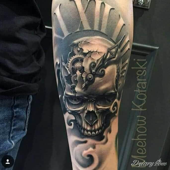 Tatuaż biomechaniczne