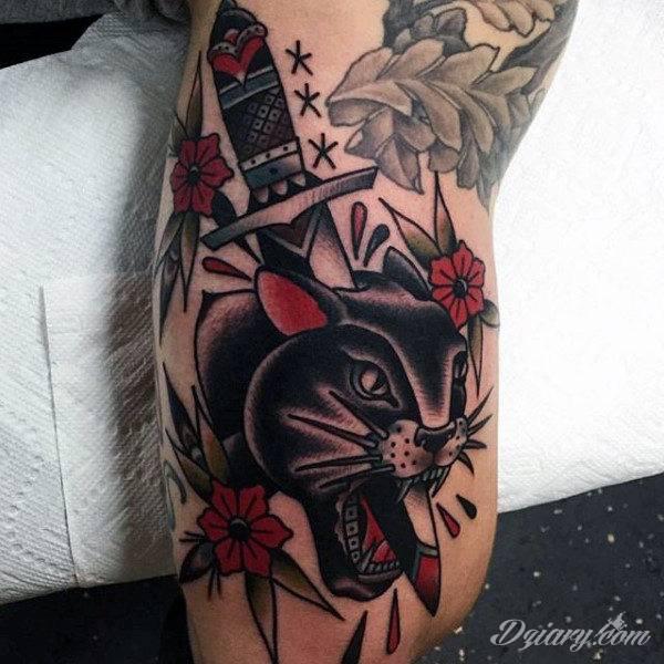 Oldchoolowe tatuaże to prawdziwa stara szkoła zdobień. Sięgają do wzorców amerykańskich. Linie są grube, mocne, wyraziste. Tatuaże oldschool znacząco różnią się w efekcie od standardowych rysunków na ciele - to opcja dla odważnych.