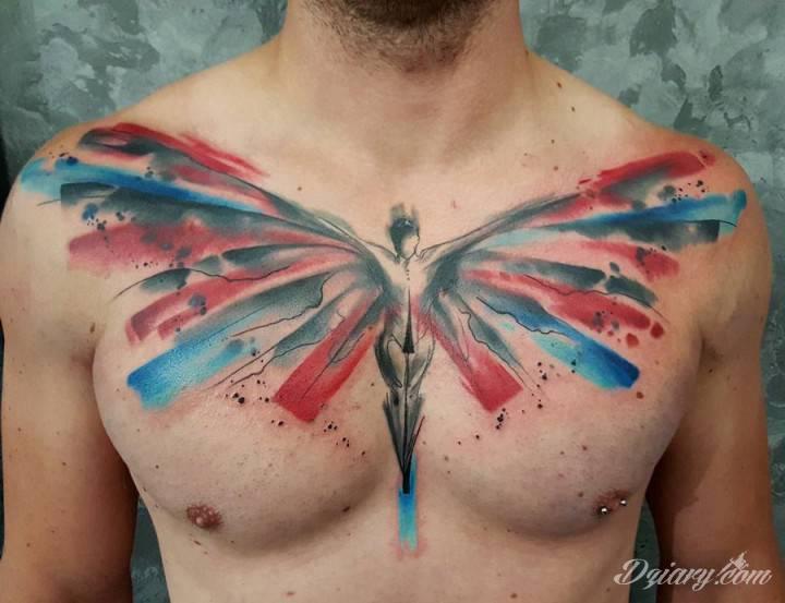Anioły trzymają mnie pod swoimi skrzydłami, ponieważ sam jestem swoim aniołem.