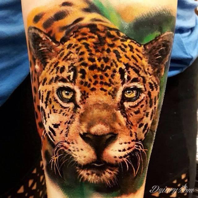 Bardzo realistyczny gepard