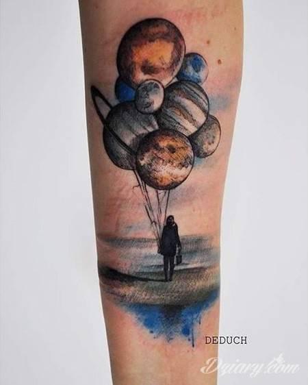 Tatuaż Każdy z nas...
