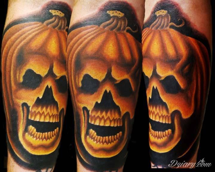 Tatuaż Kolorowy tatuaż dyni...
