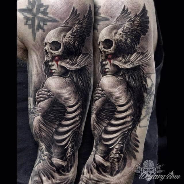 Mega Ciekawy Tatuaż Na Ręce Autor Javier Antunez