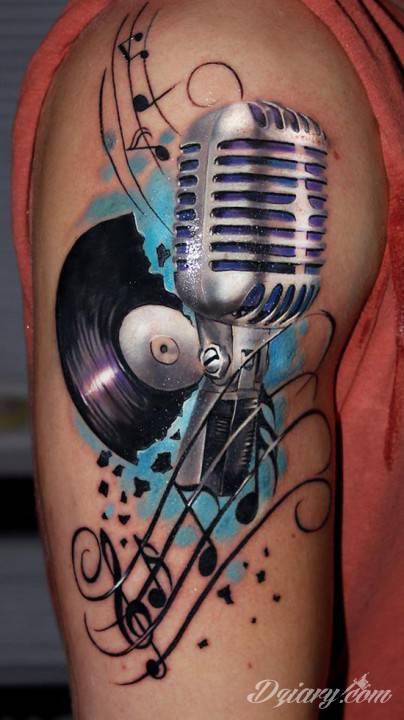 Tatuaż Mikrofon, nuty oraz...