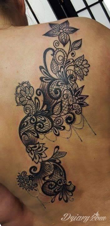 Tatuaż Mój pierwszy, w...