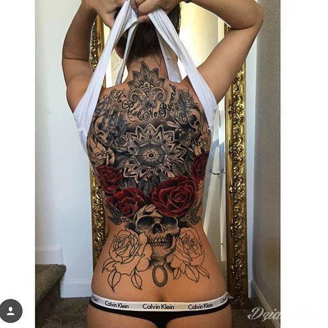 Niesamowity Tatuaż Na Kobiecych Plecach Autor Joseph