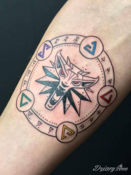 Tatuaż Pierwszy nie ostatni...