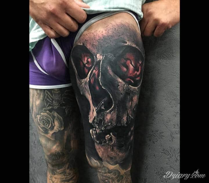 Tatuaż Płonie we mnie...