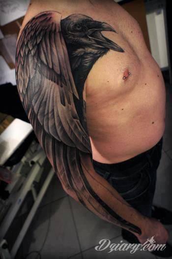 Tatuaż Ptaszysko na ręce