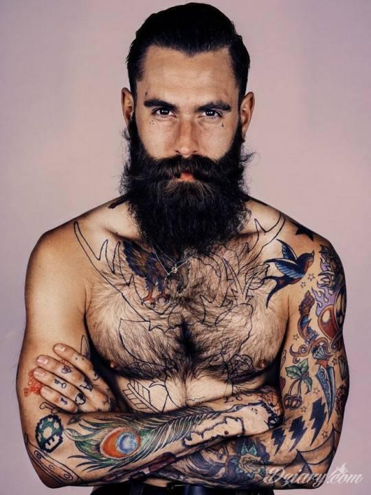 Ricki Hall i jego tatuaże