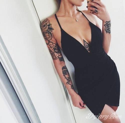 Sexy Tatuaże Na Ręce Między Piersiami Na Palcu I W