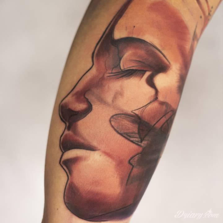 Tatuaż Takie cudeńka tworzy...
