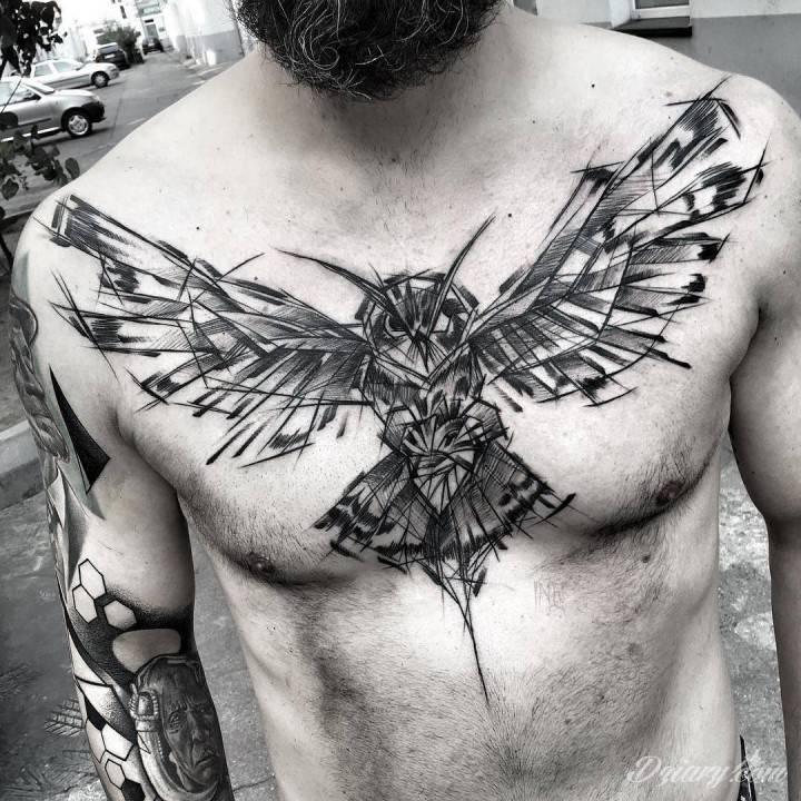 Tatuaż Na Klacie Sowa