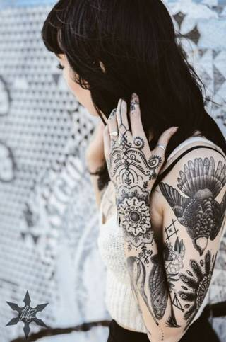 Hannah Snowdon - znana angielska tatuażystka