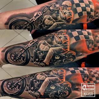 Motyw motocyklowy w wykonaniu Kosy ze studia Speak In Color z Wodzisławia Śl! www.speakincolor.pl