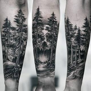 Perspektywa ma znaczenie - zmień kąt widzenia i pozwól wyobraźni działać. Coś zawsze kryje się między drzewami...
