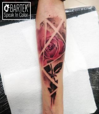 Róża w wykonaniu Bartosz Ziarniecki z Wodzisławskiego studia Speak In Color. Po więcej wbijać na www.speakincolor.pl 5!