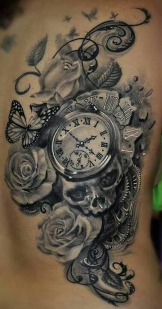 Różnorodne motywy z czaszką, zegarą i różem.