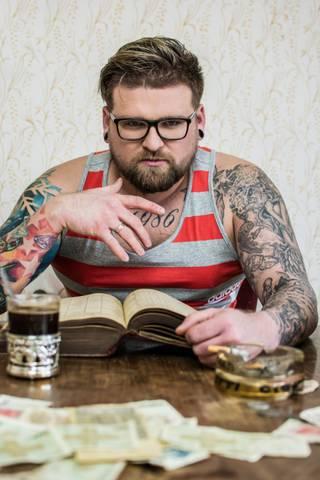 Sesja w stylu PRL/Przełamanie czasów          P R O J E K T    I N K  >      http://www.facebook.com/projektink2015 -FanPage  >      http://instagram.com/projektink/ - Instagram  >      https://www.youtube.com/c/ProjektINK - kanał YouTube  >      http://projektink2015.blogspot.com/ - BLOG  >      http://www.projektink.cupsell.pl - koszulki i gadżety  >      SNAPCHAT: dawidjurczyk
