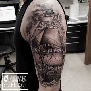 Statek w wykonaniu Kuby Rumianek z Wodzisławskiego studia Speak In Color. Po więcej zapraszamy na www.speakincolor.pl