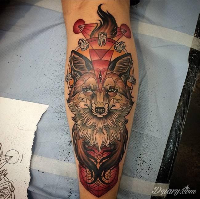 Totemiczny Tatuaż Lisa Na Przedramieniu
