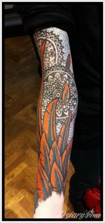 Tatuaż Wzbudzony i wskrzeszony...