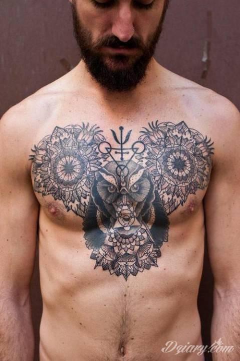 Tatuaż Wznieś się na...
