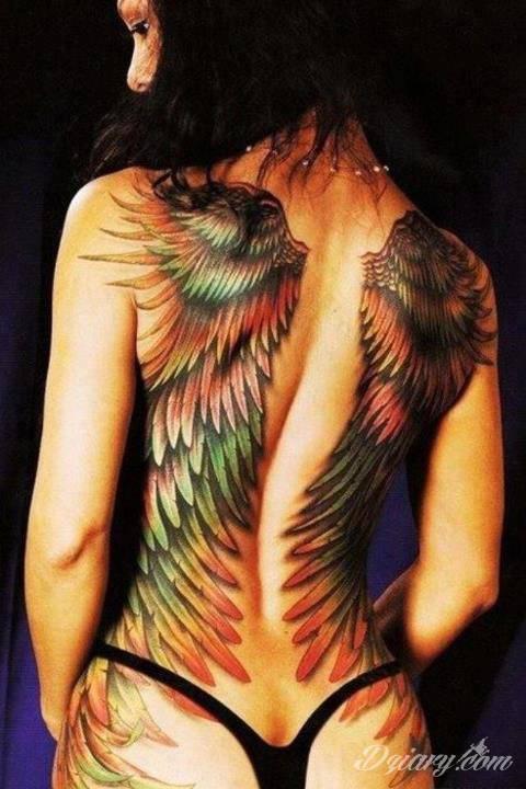 Tatuaż Zachwycające kolorowe skrzydła