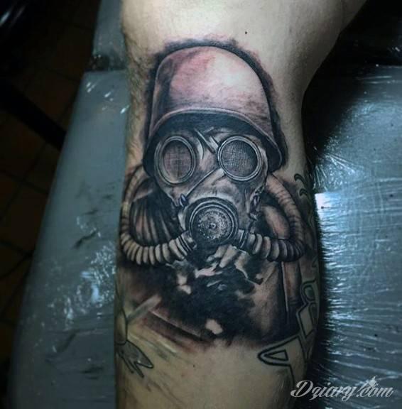 Tatuaż Żołnierz w masce...