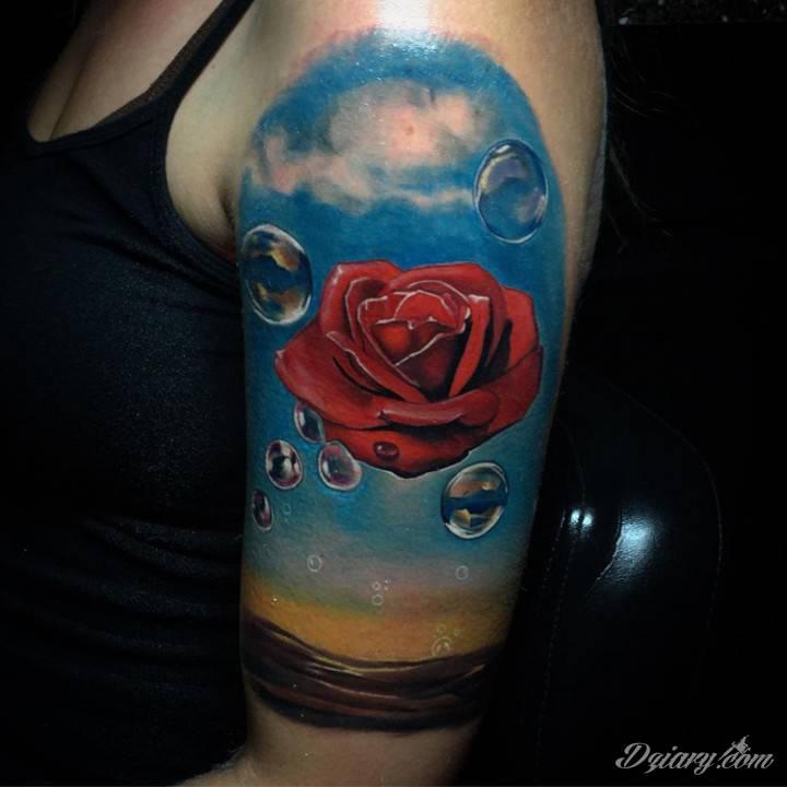 Tatuaż Życie jest pudełkiem...
